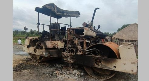Naxals set road-laying machinery on fire in Kothagudem